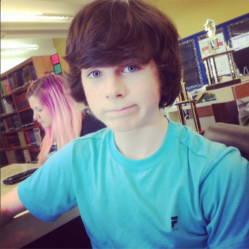 Chandler Riggs Hintergrund possibly containing a bookshop, an athenaeum, and a Lesen room titled Chandler selfie :)