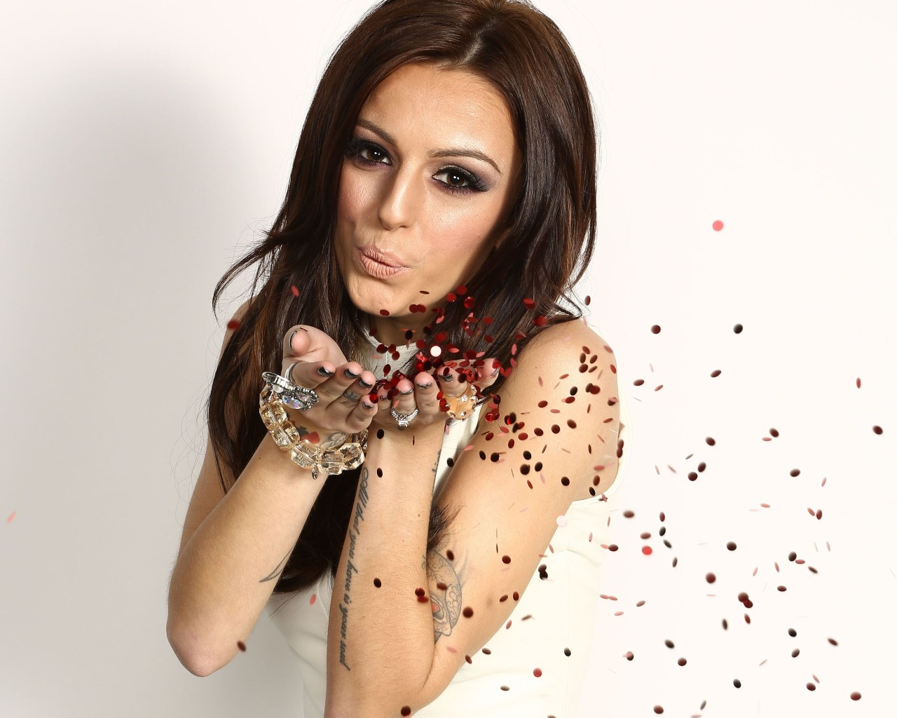 Cher Lloyd Nude Photos 1