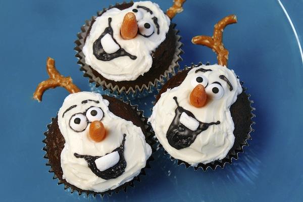 Cute Olaf Cakes