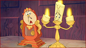 Disney Princess Sidekicks karatasi la kupamba ukuta entitled Lumiere and Cogsworth (BATB)