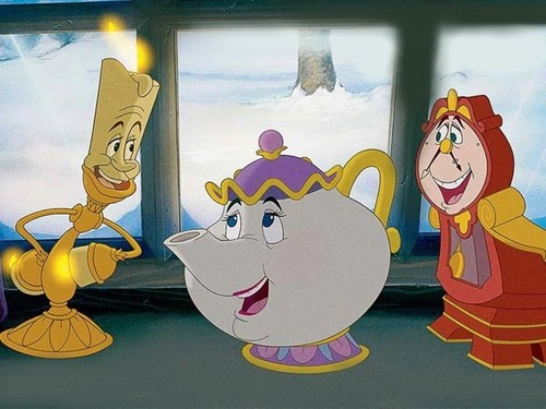 Disney Princess Sidekicks wolpeyper called Lumière, Mrs Potts and Cogsworth