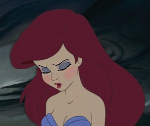 Ariel's treasoning look