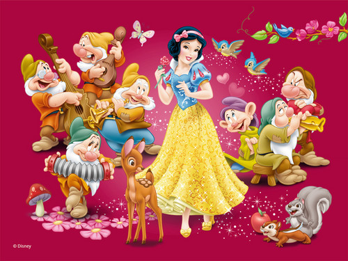 Disney Princess wolpeyper titled Snow White