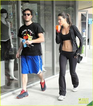 Ed Westwick Hits the Gym with Mystery Brunette