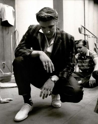 এলভিস প্রিসলি দেওয়ালপত্র entitled Elvis Presley ✨