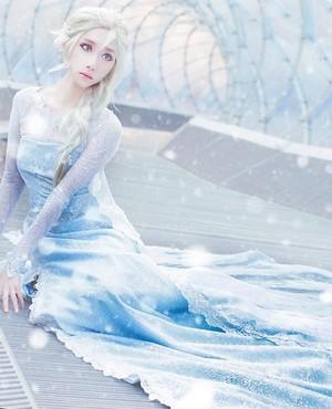 Elsa Closplay