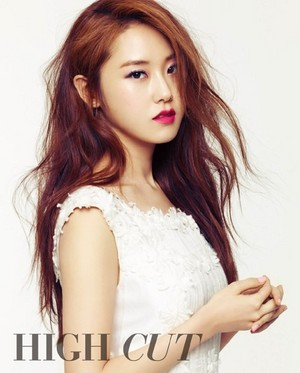 Gayoon for 'High Cut'