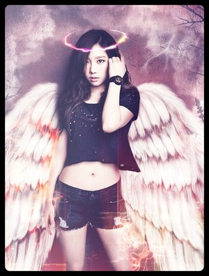 Taeyeon wings
