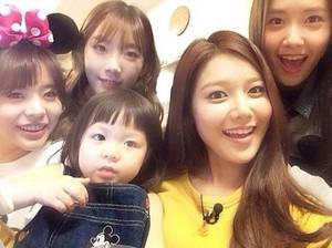 Girls' Generation with Choo Sarang