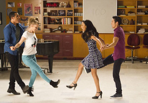 Glee 100th Episode First Look