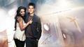 Joshua Jackson & Katie Holmes - joshua-jackson-and-katie-holmes wallpaper