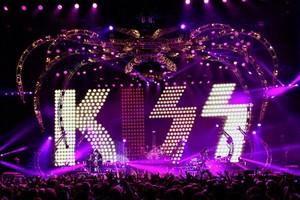 किस ~Monster Tour