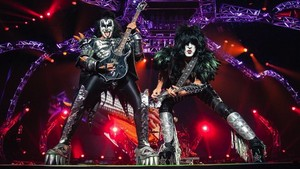 Kiss ~Monster Tour