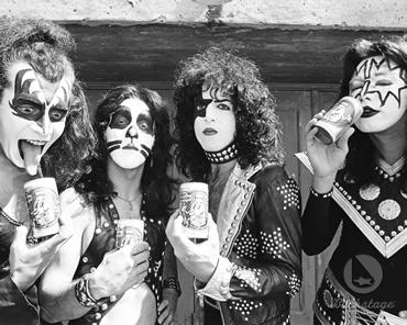KISS ~Creem تصویر shoot 1974