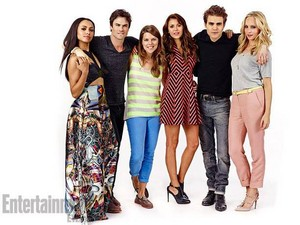 Kat Graham and TVD cast