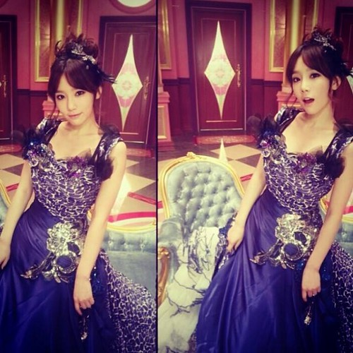 Kim Taeyeon wallpaper containing a bridesmaid, a dinner dress, and a gown called Taeyeon Instagram Update