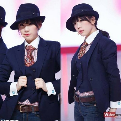 Kim Taeyeon wallpaper containing a business suit and a suit entitled Taeyeon @Mnet Countdown