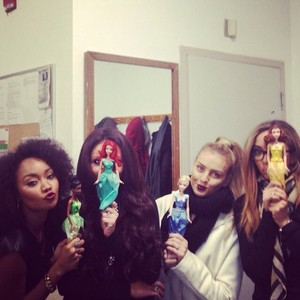 The girls today... Mixers at the signing made us feel like princesses :) xx