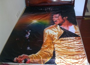 A Vintage Michael Jackson bett Set
