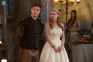 Reign - Episode 1.15 - The Darkness - Promotional 照片