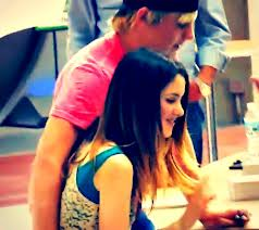 Raura is AWESOME!!