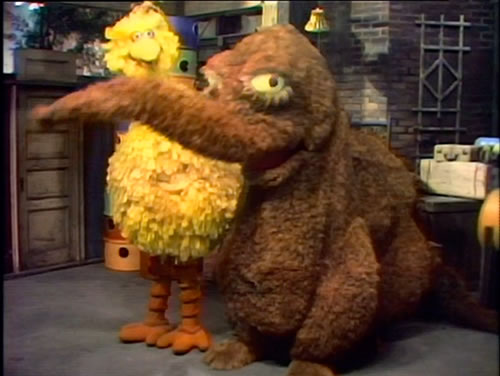 Sesame Street wallpaper entitled scary snuffy