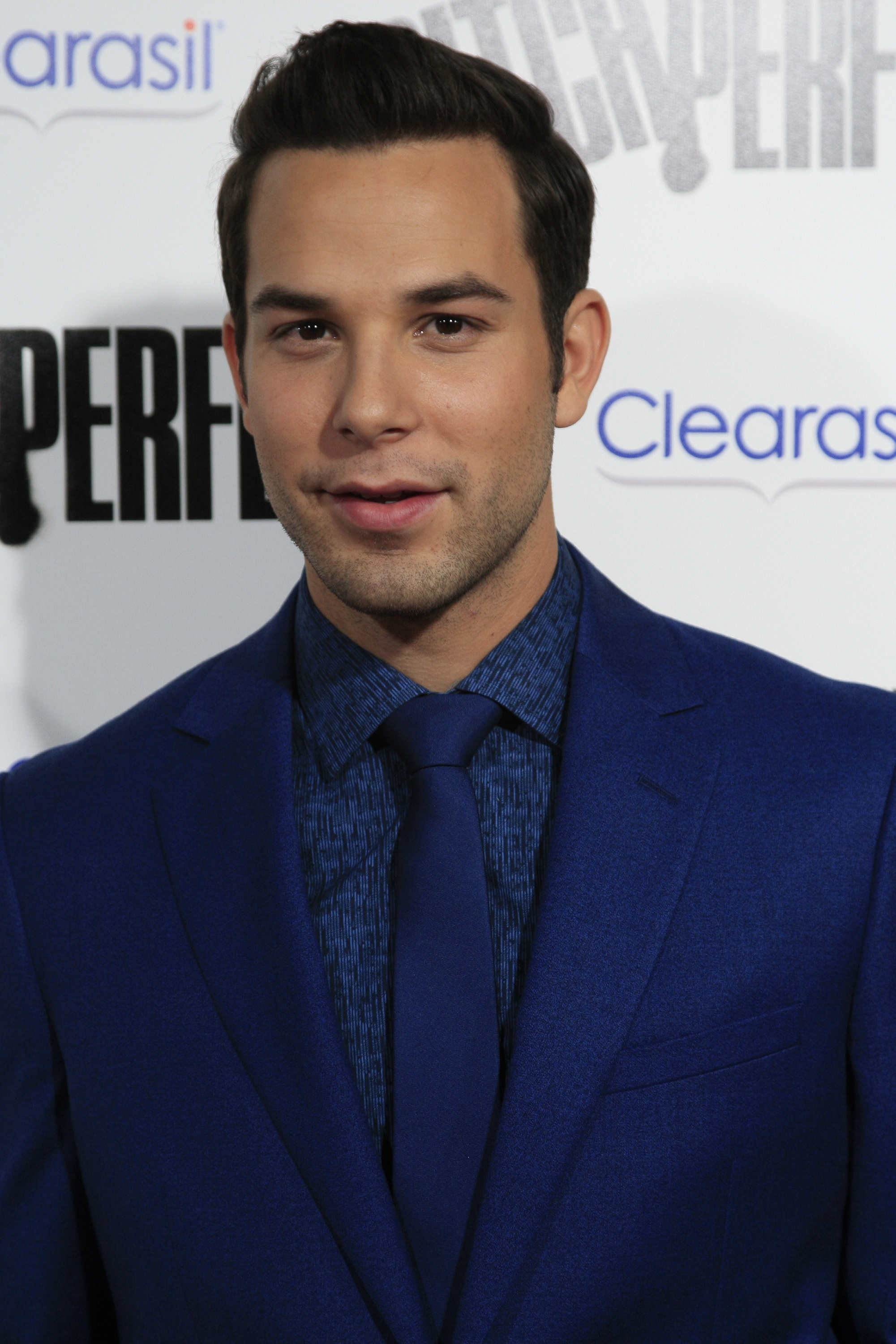 skylar astin images skylar astin hd wallpaper and
