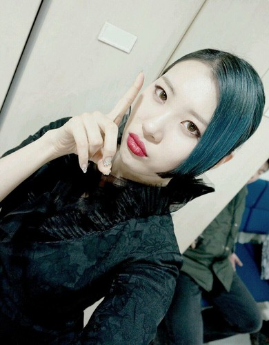 Sunmi Обои called Sunmi 'Full Moon'