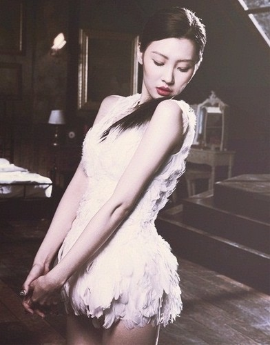 Sunmi wallpaper probably with a koktil, koktail dress, a dress, and a makan malam dress titled Sunmi 'Full Moon'