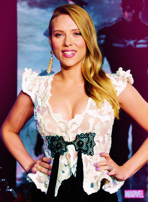Scarlett Johansson - 'Captain America: The Winter Soldier' premiere in Hollywood (March 13, 2014)
