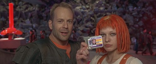 The Fifth Element wallpaper entitled The Fifth Element - Leeloo