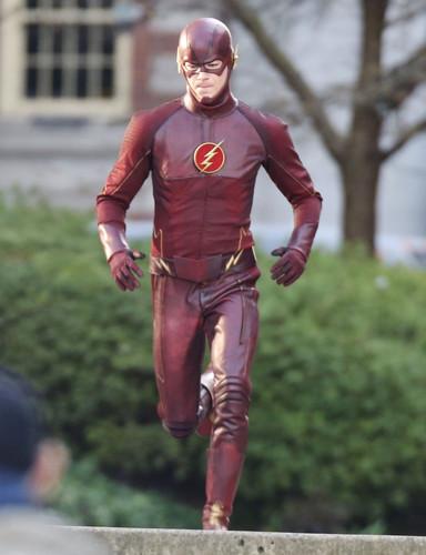 The Flash (CW) वॉलपेपर entitled The Flash - Costume