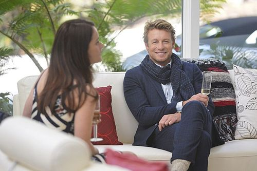 "The Mentalist wallpaper possibly with a living room, a morning room, and a street entitled The Mentalist 6x16 ""Violets"" - Promotional Photos"