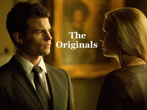 The Originals پیپر وال with a business suit, a suit, and a three piece suit titled The Originals - Elijah/Rebekah