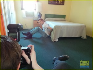 Cameron Monaghan: JJ Spotlight of the Week BTS Pictures