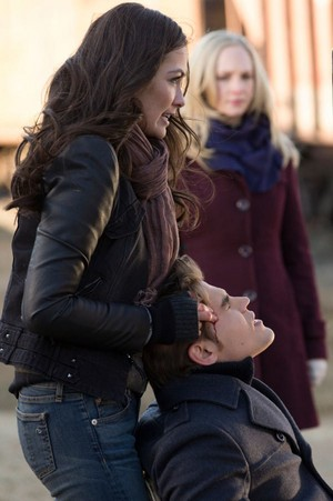 The Vampire Diaries - Episode 5.16 - While 당신 Were Sleeping - Promotional 사진