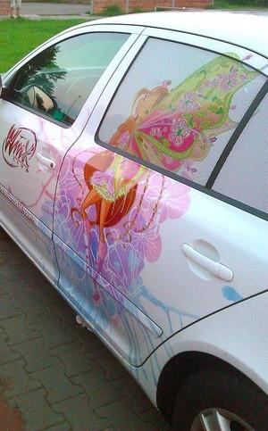 Winx Flora Car