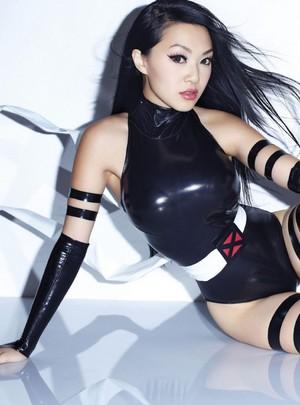 Vampy Bit Me aka Linda Le as Psylocke