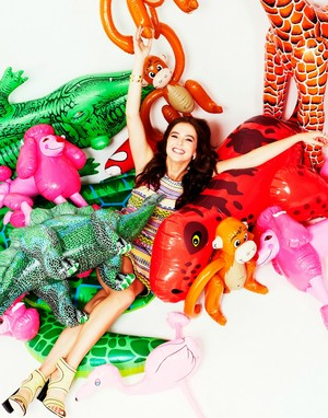 Zoey for Seventeen Outtakes