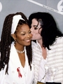 1993 Grammy Awards - mari photo
