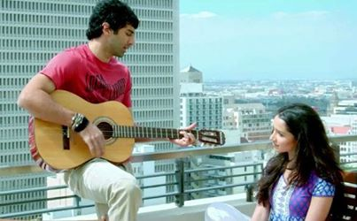 Aashiqui 2 wallpaper containing an acoustic chitarra titled Aditya And Shradha