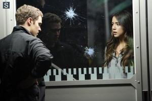 Agents of S.H.I.E.L.D - Episode 1.17 - Turn, Turn, Turn - Promo Pics