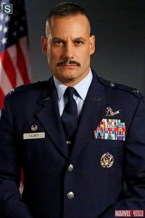 Adrian Pasdar as Glenn Talbot
