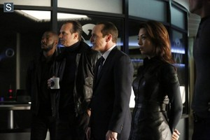 Agents of S.H.I.E.L.D - Episode 1.16 - End of the Beginning - Promo Pics