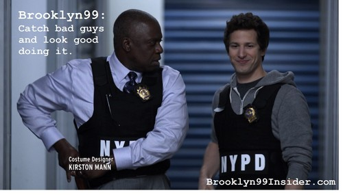Brooklyn Nine-Nine 壁纸 containing a green 贝雷帽 called Brooklyn nine-nine