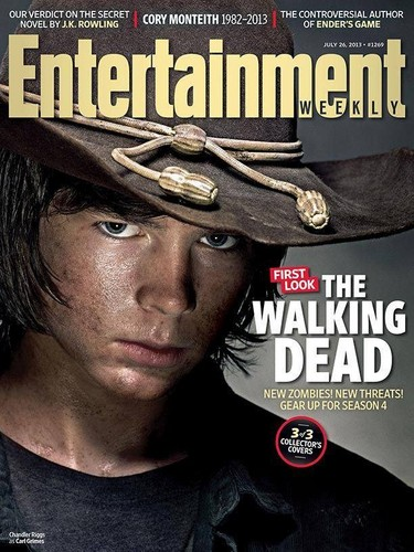 Chandler Riggs Hintergrund with a snap brim hat, a campaign hat, and a fedora entitled Chandler/Carl cover of Entertainment Weekly 2013