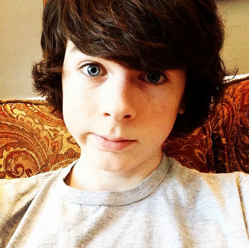 Chandler Riggs Hintergrund probably with a portrait titled Chandler selfie :)