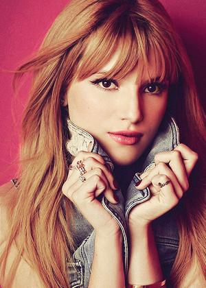 Bella Thorne=Candies