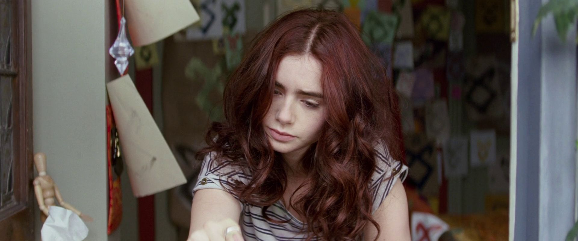 Clary Fray Screencaps - City Of Bones Movie Photo ...