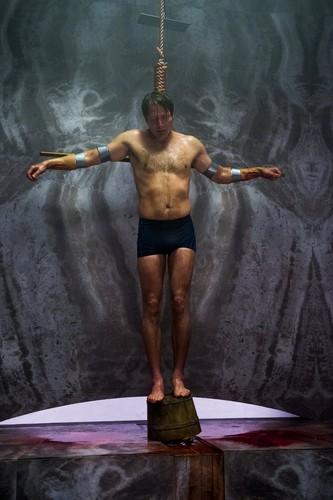 한니발 TV 시리즈 바탕화면 with a 큰 덩어리, 한 조각 called Hannibal - Episode 2.05 - Mukozuke